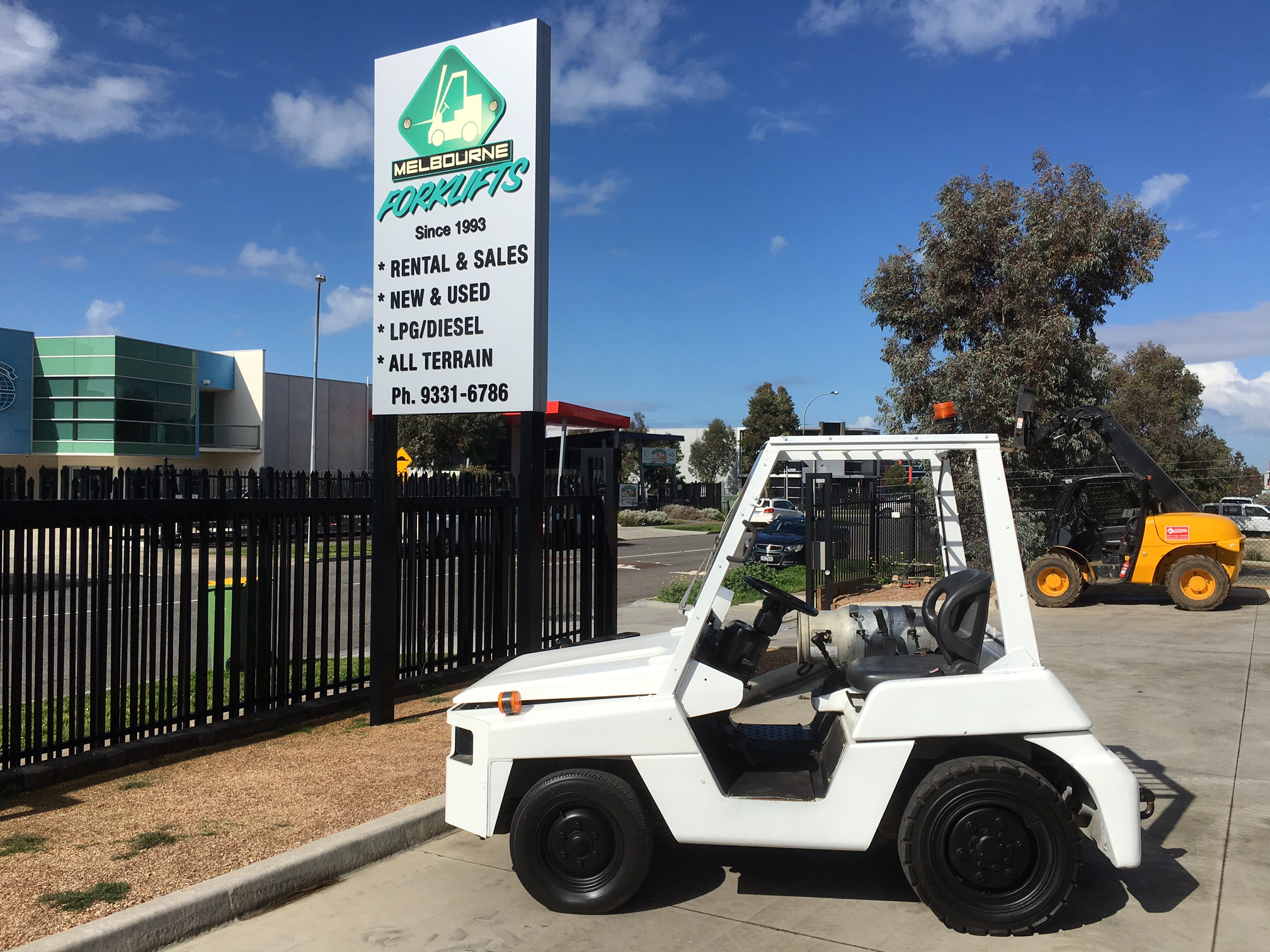 Toyota tow tug melbourne forkliftsmelbourne forklifts for Electric motor repairs melbourne